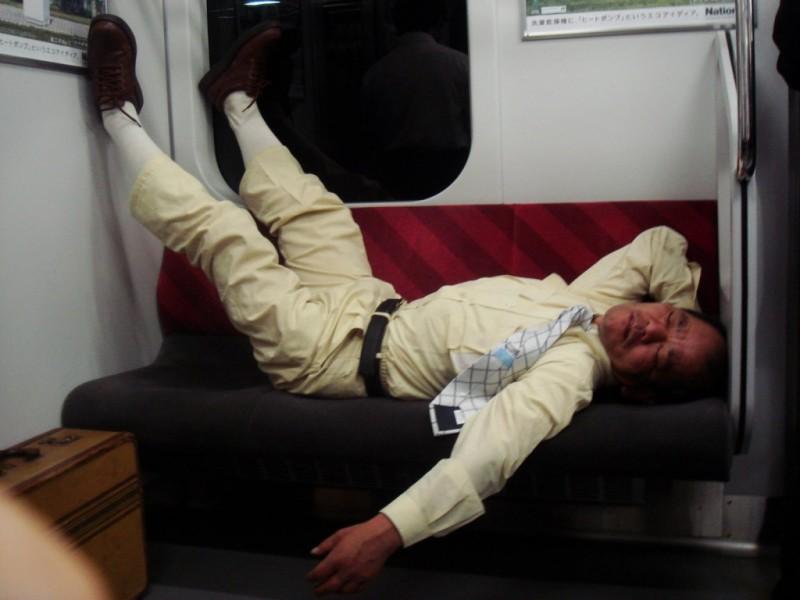 dormire sul treno